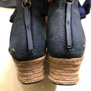 UGG Shoes - Women Ugg Wedges size 8